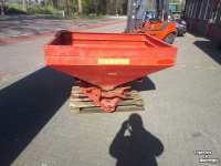 Fertilizer spreader Niemeyer kunstmeststrooier